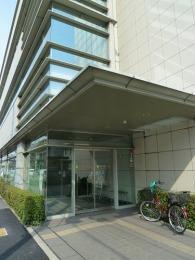 日本政策金融公庫東大阪支店