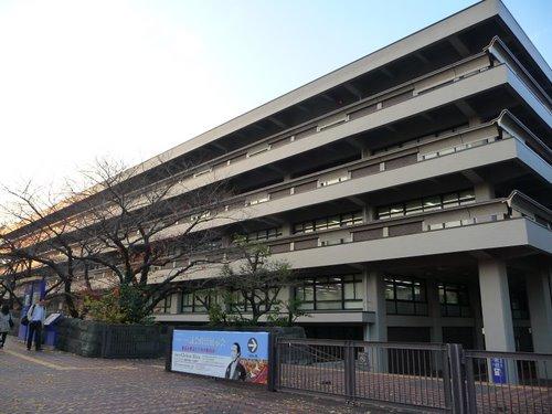 「国立国会図書館(東京都千代田区永田町1-10-1)」の画像検索結果